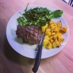 300 Gr. Filetto qualità extra Danese Grigliato con patate al forno ed insalata