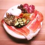 Misto della Braceria verdure grigliate con olive Greche Salame di Cinghiale Culatello Dop San Daniele e Burrata Pugliese