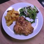 Cosciotto di Pollo disossato a Bistecca con patate al forno ed insalata